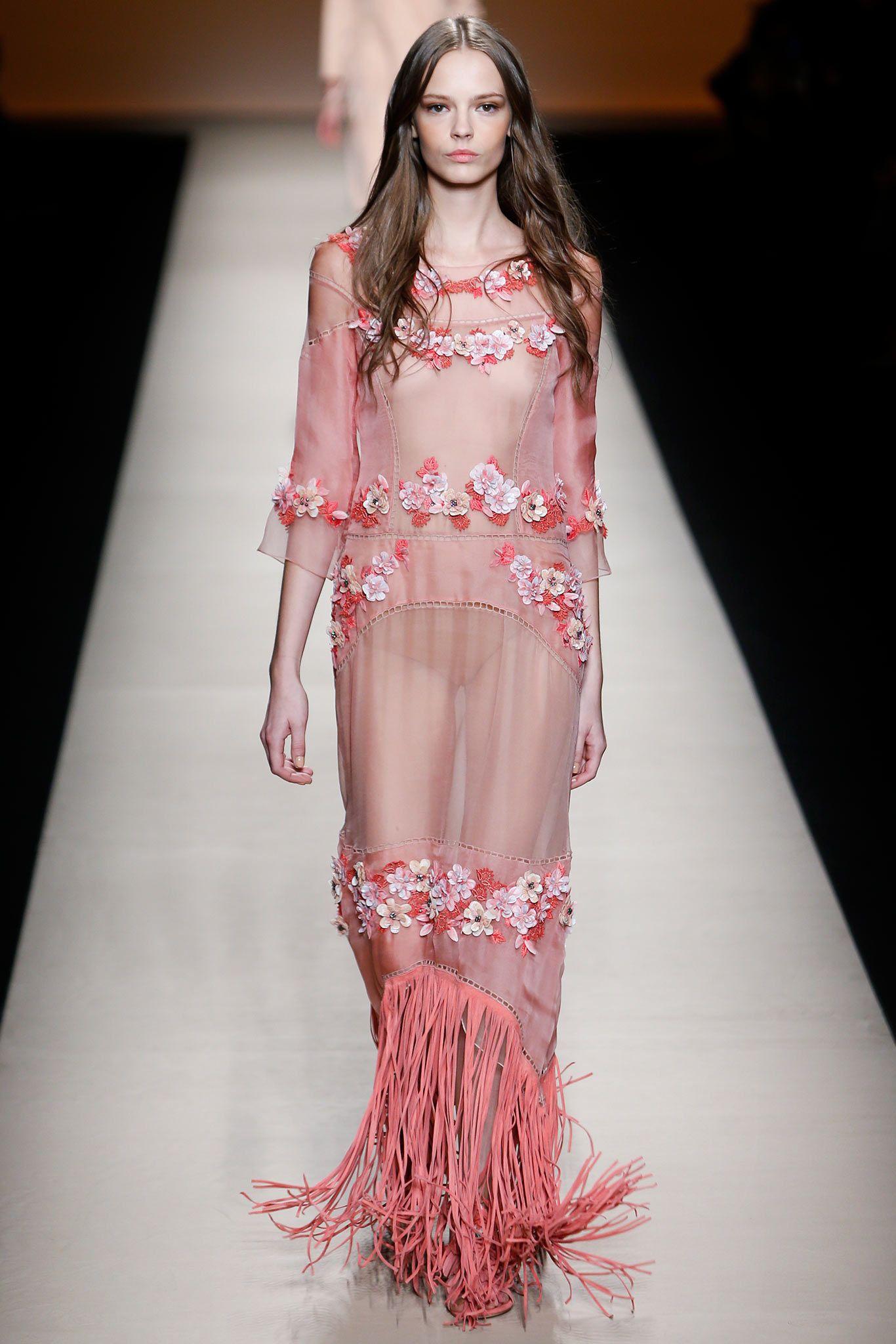 Alberta Ferretti | Spring/Summer 2015 Ready-to-Wear Collection via Alberta Ferretti | September 17, 2014 | Style.com