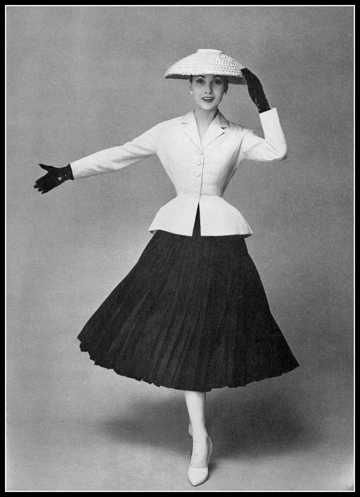 c2b38be40bf3 Renée Breton wears Dior s iconic