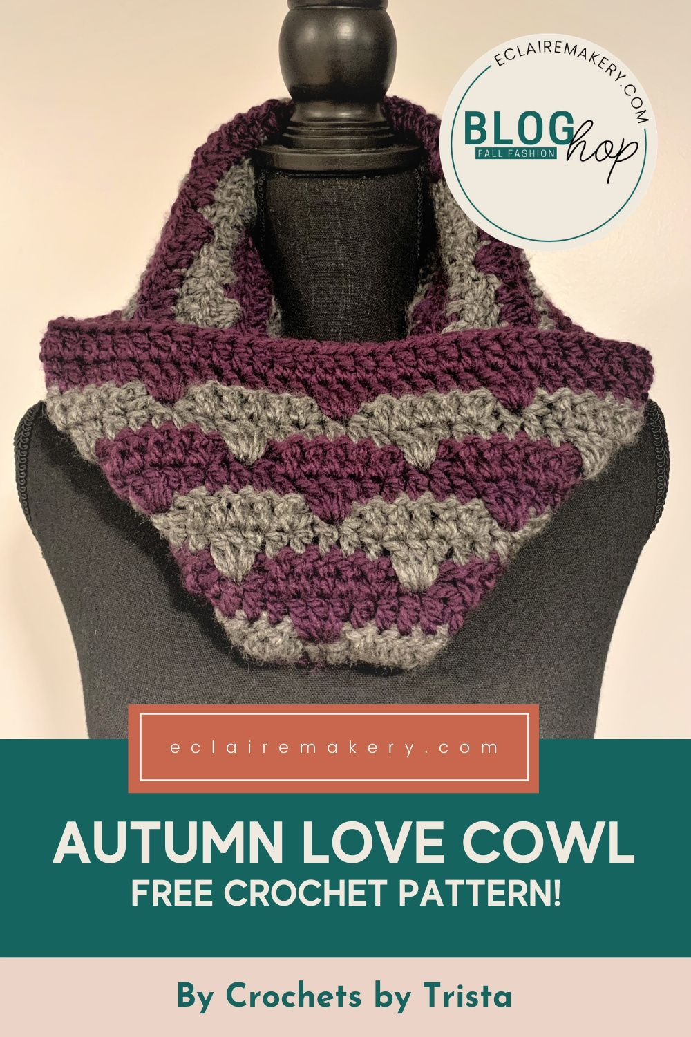 Fall is in the air, which brings pumpkin spice and all of the cozy crocheting! #freepatterns #crochet #accessories #makersgonnamake #fall #cowl