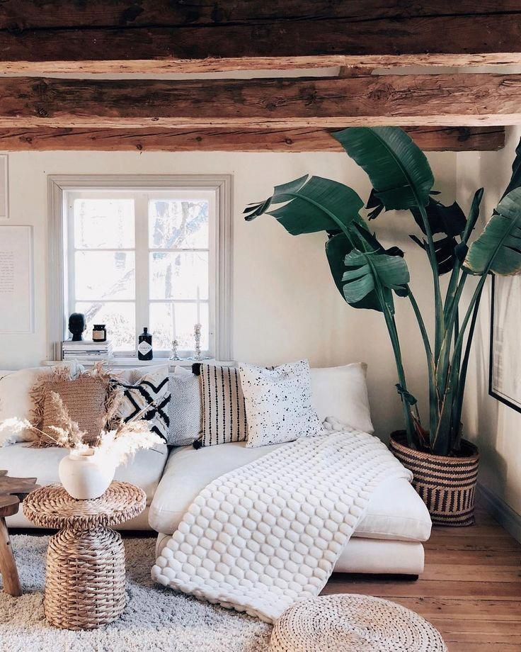 Interior Design | Home Inspiration | Living Room | Green Accent | Plant Accent | Comfy Space | Olivia Jeanette #bohoHomeDecor #decoratingsmalllivingroom