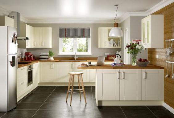 Shaker Kitchen Edmonton By Symphony Kitchen Fittings Kitchen Style Classic Kitchens
