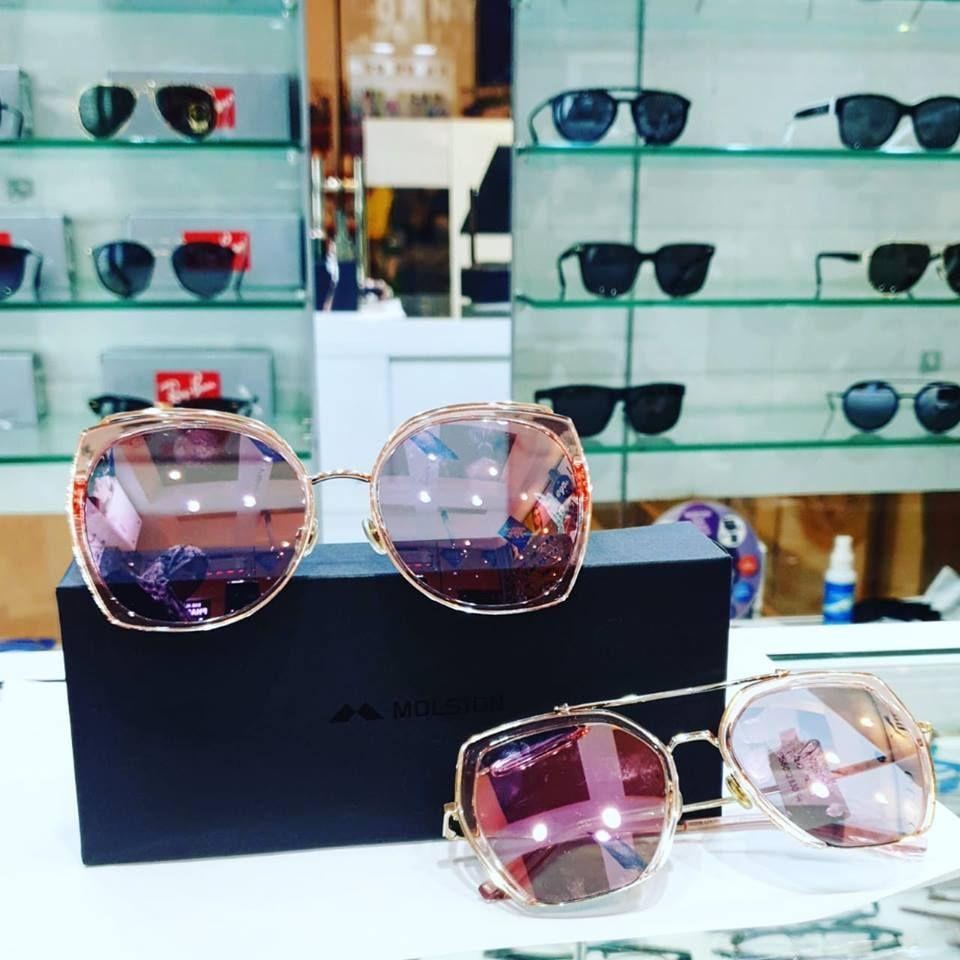 السعادة للبصريات توفر النظارات الشمسية من شركات عالمية تجدونهم في الطابق بقرية الشعب تفضلوا بزيارتنا Al Saada Opticals Deals In A Wide R Sunglasses Glasses