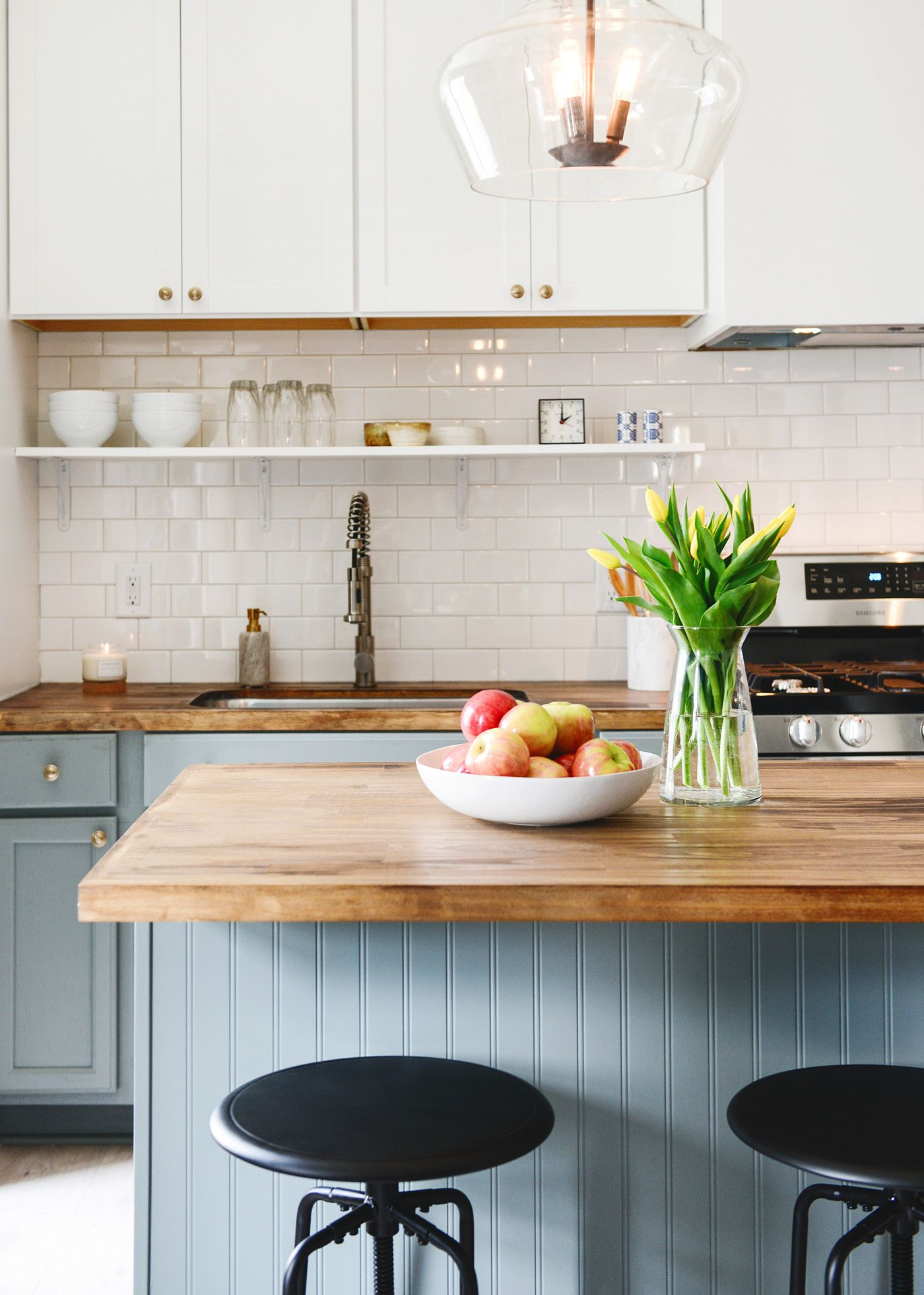 100 year old home gets a 3 day kitchen makeover for less than $5k