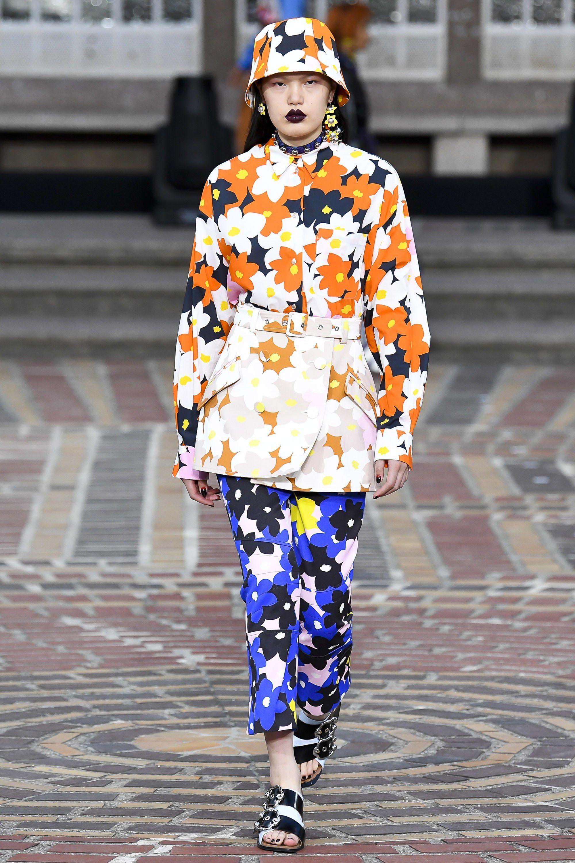 567886bed Kenzo Spring 2018 Ready-to-Wear Fashion Show | spring 2018 | Kenzo ...