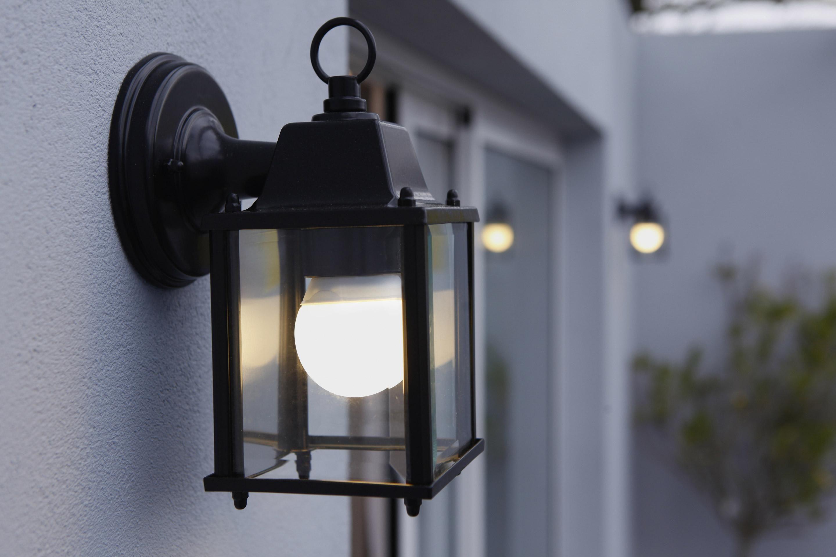 Applique Descendante Exterieure E27 Max 60w Noir Sanboi Inspire Parement Mural Luminaire Exterieur Lanterne Murale