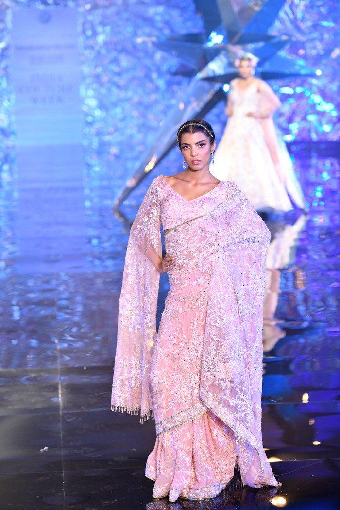 Photo of Suneet Varma ICW 2018 | For The Love Of Chamkila Lehengas