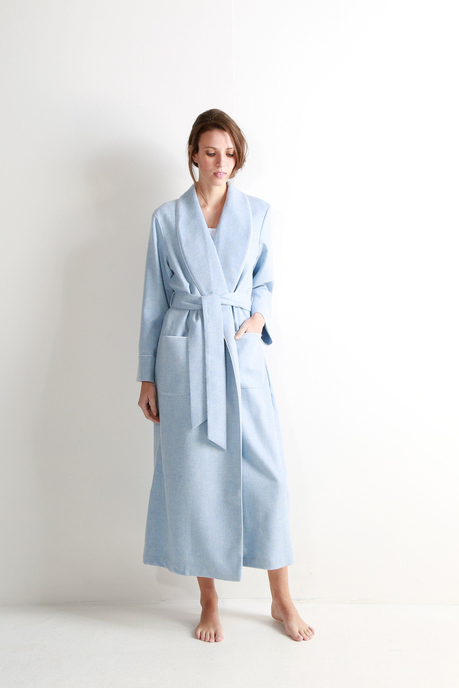 b8e04a1d5e Light blue women s cashmere dressing gown with jacquard silk lining ...