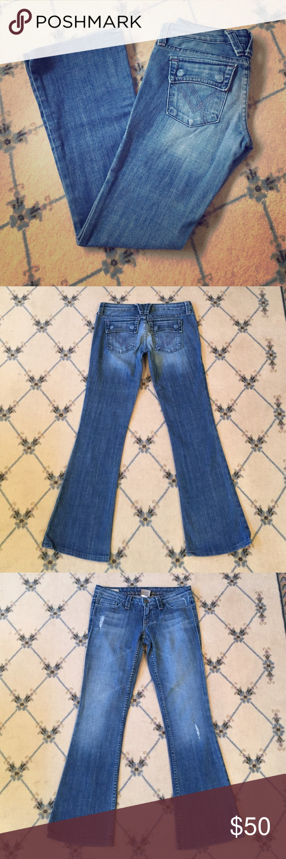 """William Rast Belle Flare Jeans, Size 25 Excellent condition; Belle Flare cut; inseam approx. 29.5""""; waist approx. 32""""; size 25 William Rast Jeans Flare & Wide Leg"""