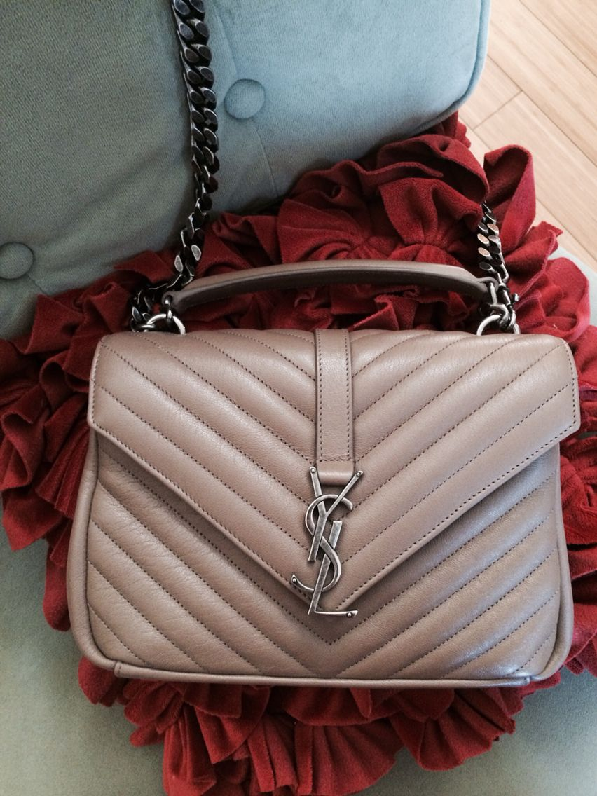Saint Laurent College Bag Medium in Taupe  0d51a4ccfeea0
