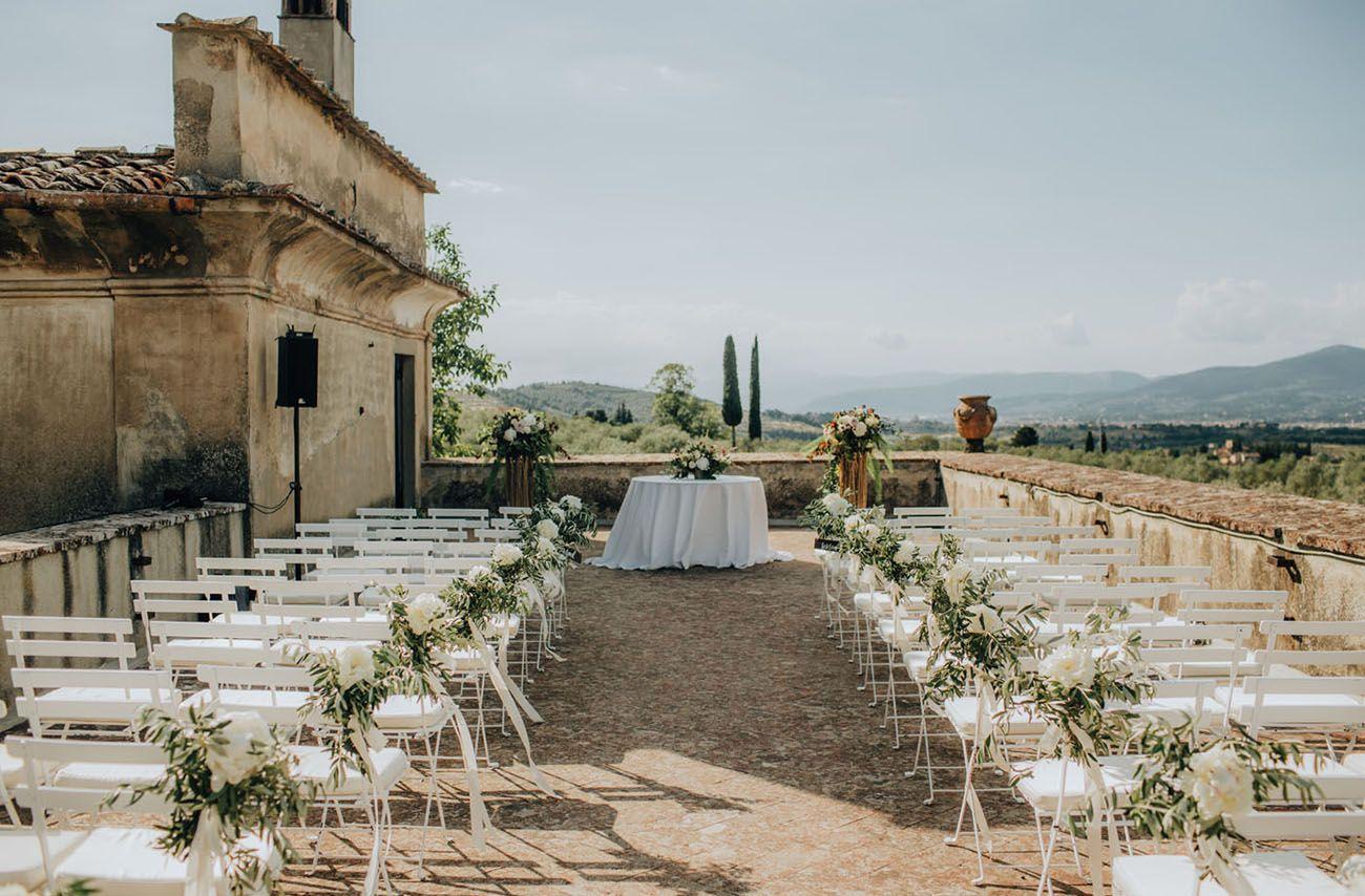 A Romantic Tuscany Wedding In A 13th Century Villa Green Wedding Shoes Tuscany Wedding Tuscan Wedding Italian Wedding