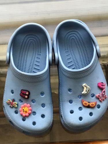 CROCS Girls Blue Crocs (authentic) w/7