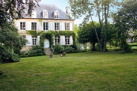 100 french country home exterior design ideas with pictures rh pinterest com French Country Homes Entrance Small French Country Homes