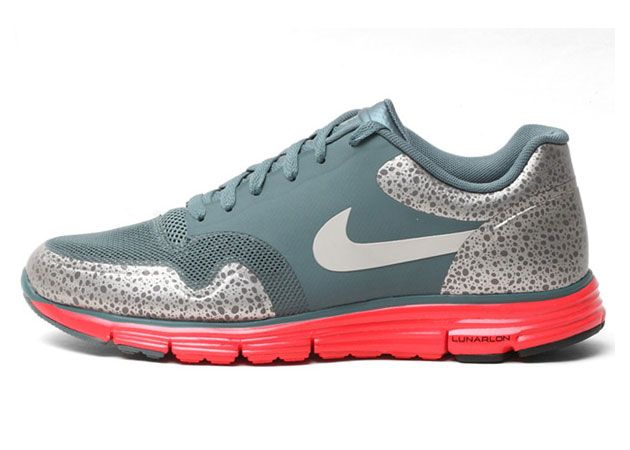 online retailer 2bb6a 9e0c1 Nike Lunar Safari+ Holiday 2012