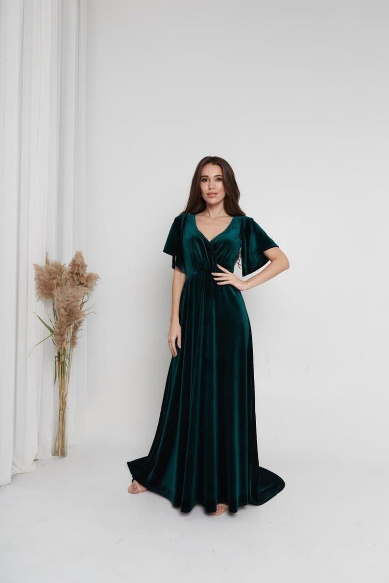 Dark Green Velvet Dress Maxi Train Dress Boho Bridesmaid Dress Etsy In 2021 Bridesmaid Dresses Boho Velvet Bridesmaid Dresses Green Velvet Dress [ 1191 x 794 Pixel ]