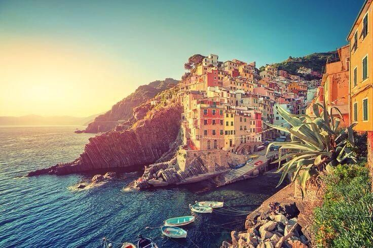 Twitter / Earth_Pics: Riomaggiore, Italy. ...