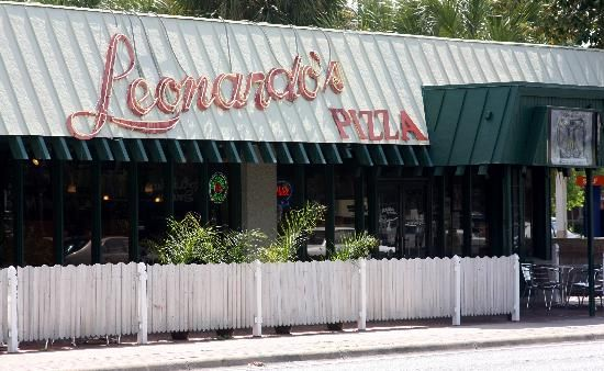 Leonardo S Pizza By The Slice Gainesville Florida Gainesville Florida