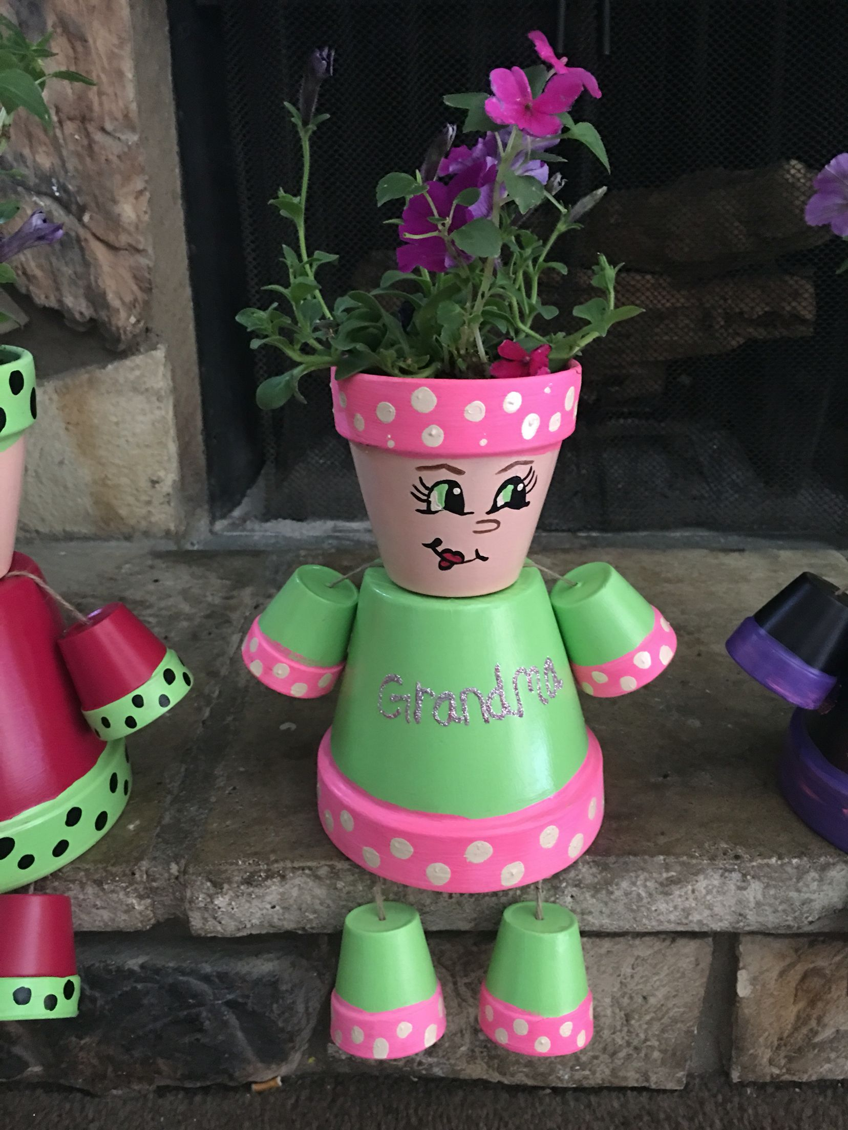 pin by ashley wright on mothers day pinterest clay flower pot people and clay pot people. Black Bedroom Furniture Sets. Home Design Ideas
