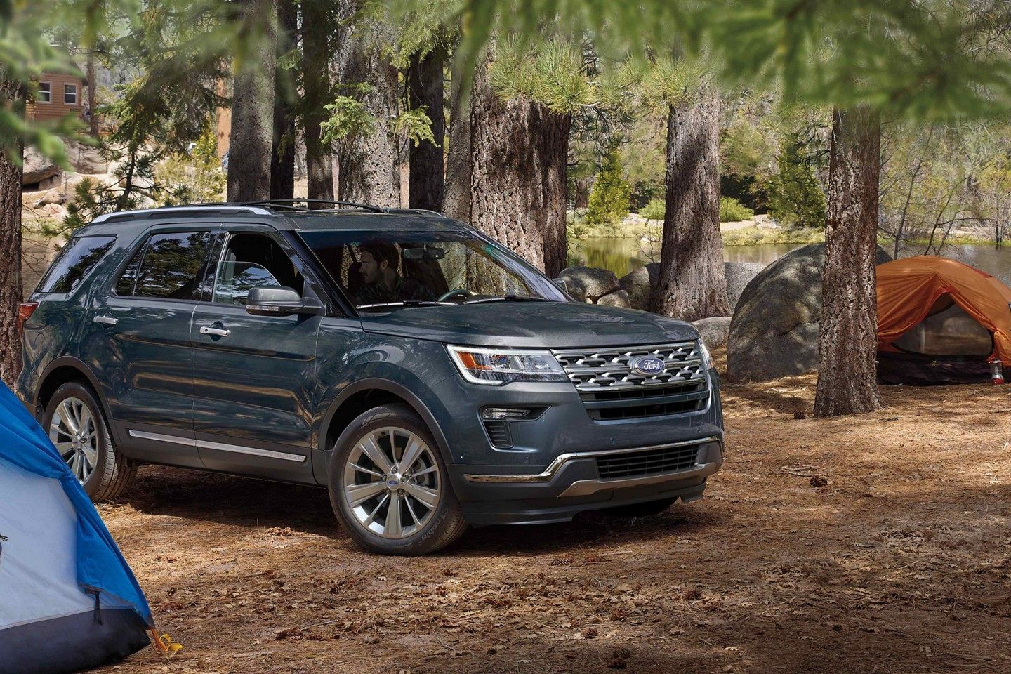 See Our Showcase Of Stunning Pictures Watch Riveting Videos And Explore 360 Views In Your Color Choices For The 20 Ford Explorer Ford Suv 2019 Ford Explorer