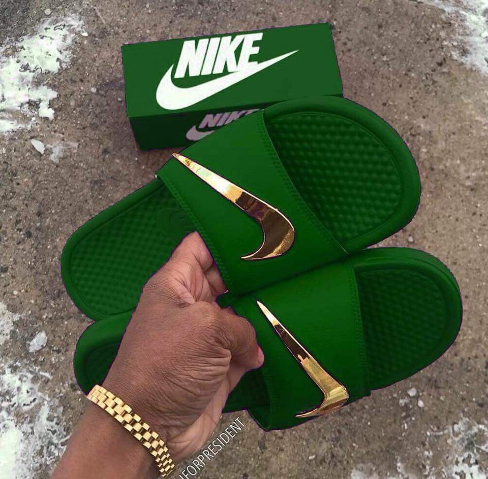 Chancletas Nike en color verde | Sandalias nike mujer ...