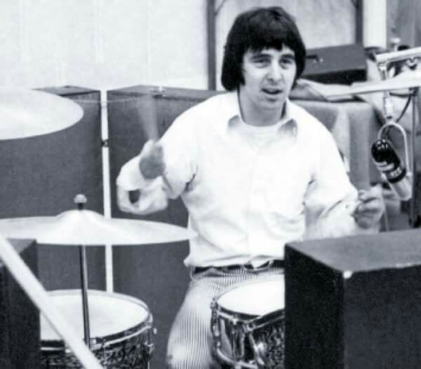 Peter Criss 1967 With Images Peter Criss Ace Frehley Vinnie