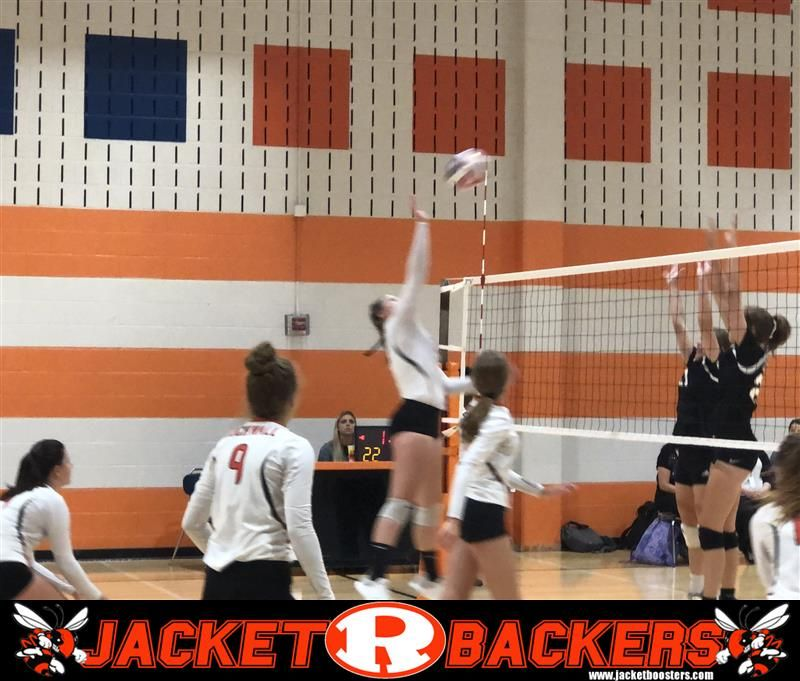 The Rockwall Lady Jackets 9th Grade Volleyball Team Defeats Lake Highlands In Tuesday S Night Matchup In Two Sets Volleyball Team Jackets For Women Volleyball