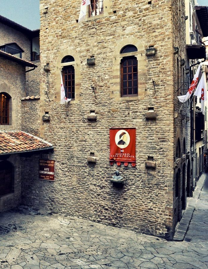 Il Museo Casa Di Dante Firenze In 2020 Dante Alighieri Firenze Florence