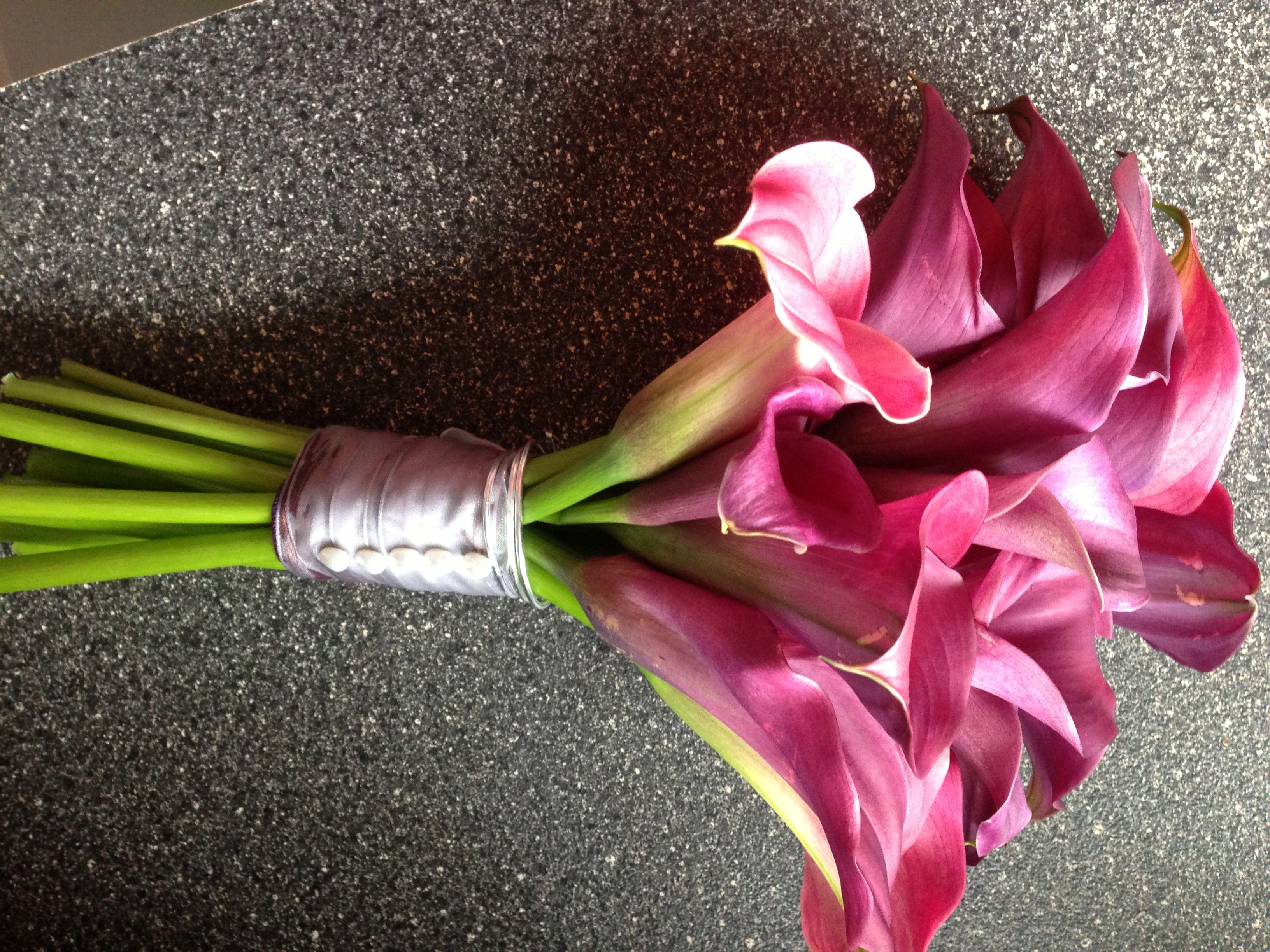 Shades of Purple calla lilies for bridal bouquet. Hopper