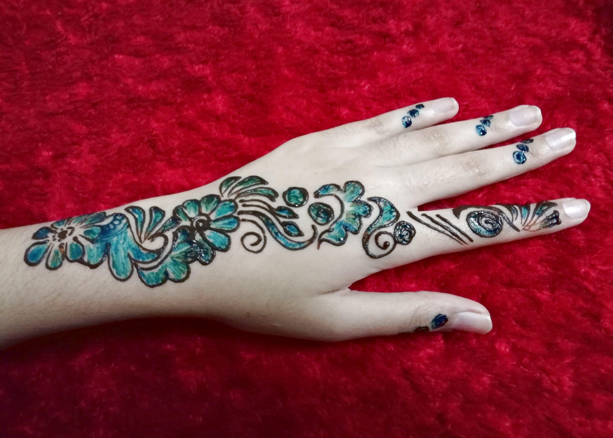 best mehndi designs front hand