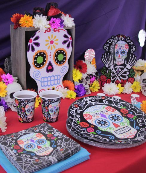 Day of the Dead Tableware & How to Throw the Ultimate Day of the Dead Party | Sweet sixteen ...