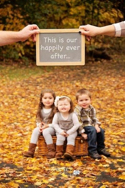 LOVE this idea! So doing fall family photos this year!