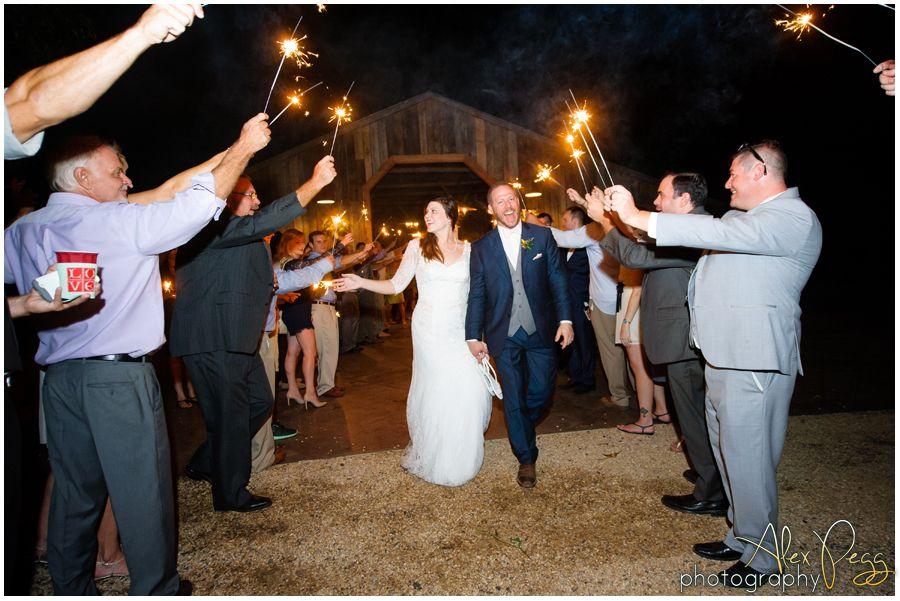 Sarah & Jason - Summerfield Farms Wedding Photography - Alex Pegg Photography