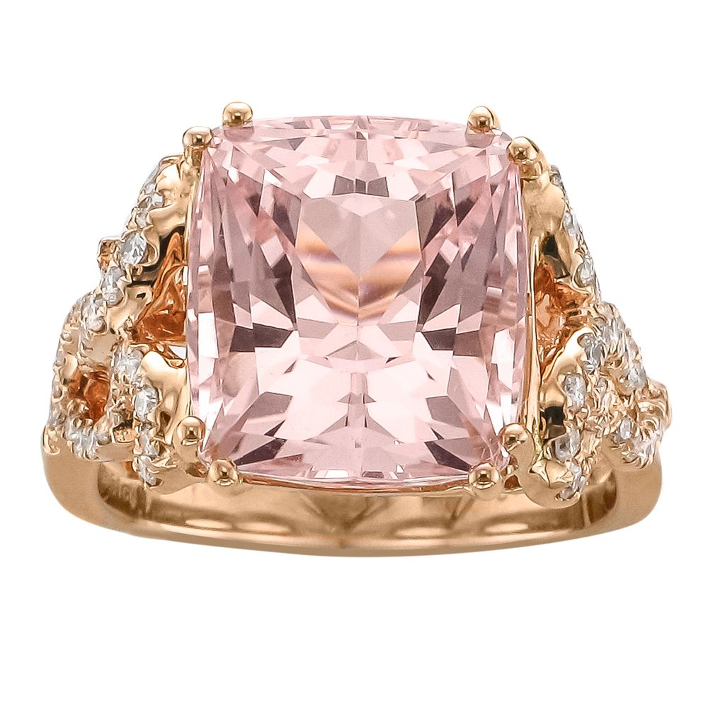 Rosamaria G Frangini | High Pink Jewellery | Square Morganite center stone rounded brilliant diamonds in a gold set