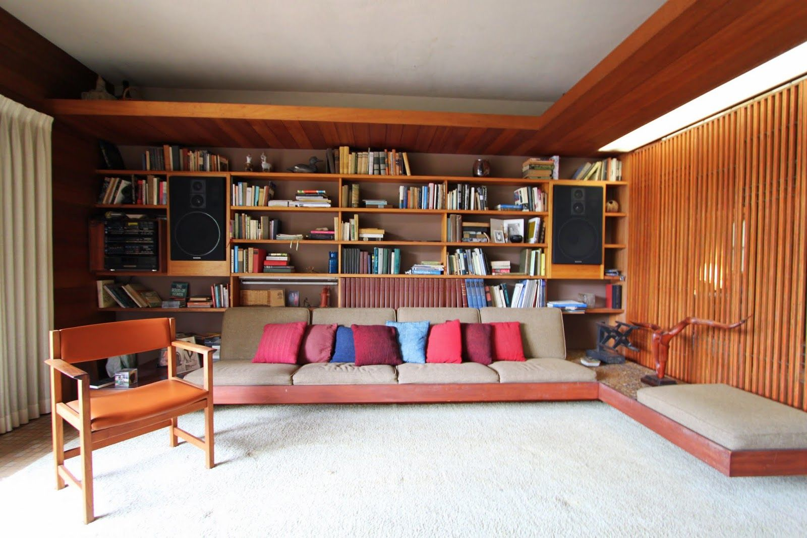 Built in cabinets home element denwar pottery 39 s home mixes mid century modern and craftsman glubdub builtin cabinet