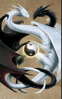 Dragones Peleando Por Yin Y Yang Tatuajes Yin Yang Disenos De Tatuaje De Dragon Tatuajes Dragones
