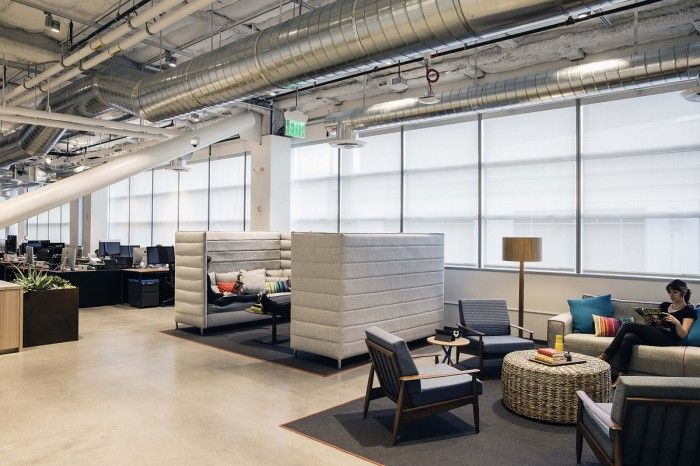 Casual conference room lounge dropbox 084 700x466 dropboxs - Office interior design san francisco ...