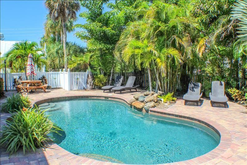 Anna maria island villa palm oasis east holmes beach