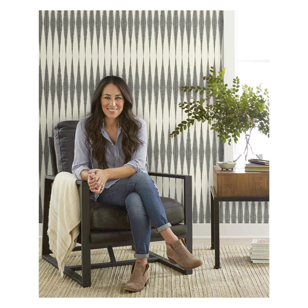 Magnolia Home By Joanna Gaines Handloom Spray And Stick Wallpaper Covers 56 Sq Ft Me1540 The Home Depot Magnolia Homes Joanna Gaines Wallpaper Joanna Gaines