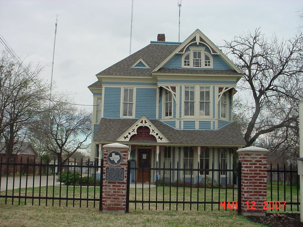downtown cedar hill historic home | cedar hill texas | pinterest