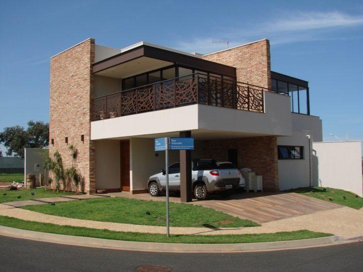 45 fachadas de casas de esquina para voc se inspirar for Casas modernas de 70m2