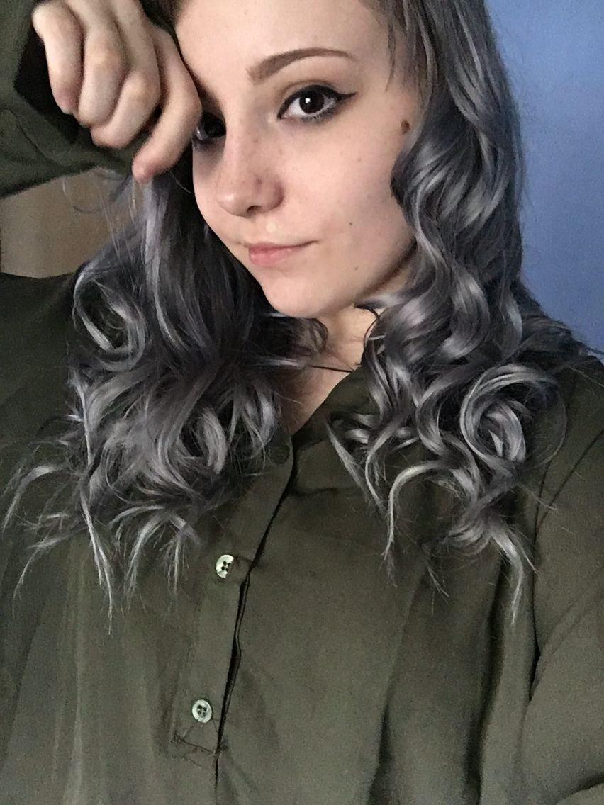 Silvergrey Hair With Wella Toner In T18 And 050 One Box Each Mixed