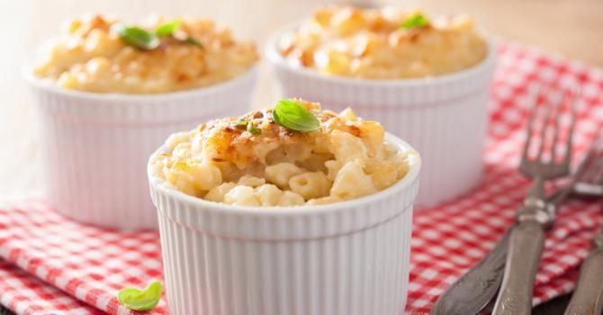 Recette de Gratin de coquillettes aux épinards. Facile et rapide à réaliser, goûteuse et diététique. Ingrédients, préparation et recettes associées.
