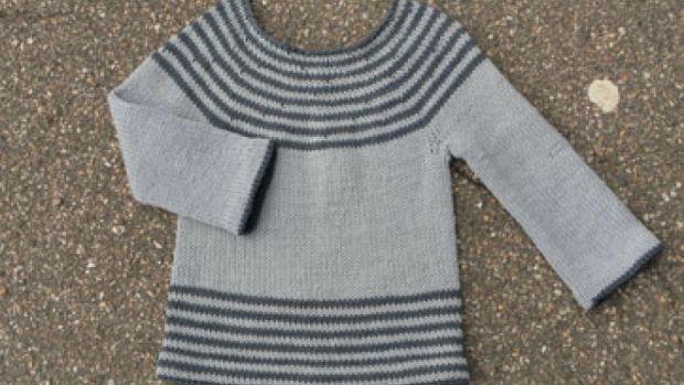Strik en fin bluse til børnehaven | Femina Strikkes oppefra og ned