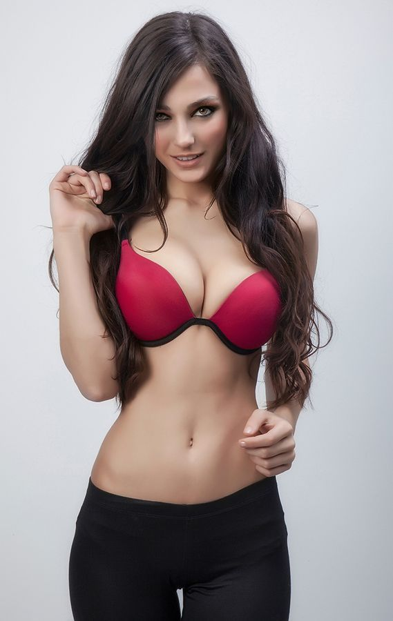 The Hottest And Sexiest Women I Can Find Brunette Heaven