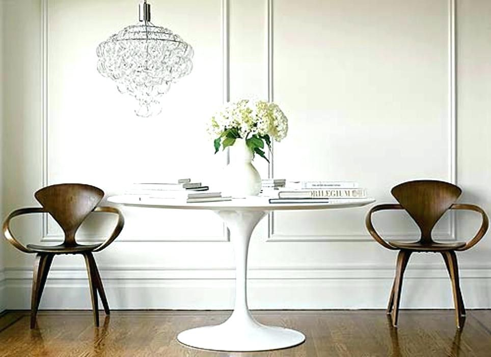 Dining Table Eero Saarinen And Chairs Replica Tulip Oval Marble