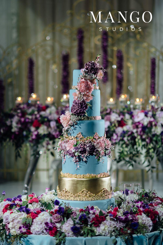 Blue cake floral gold wedding weddingday details flowers