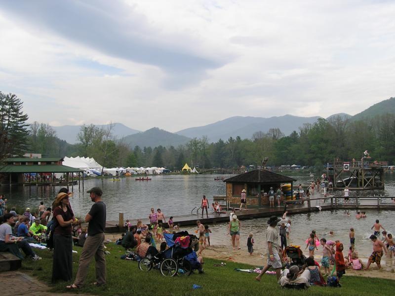 Lake Eden Arts Festival Asheville Nc Lake Eden Lake North Carolina