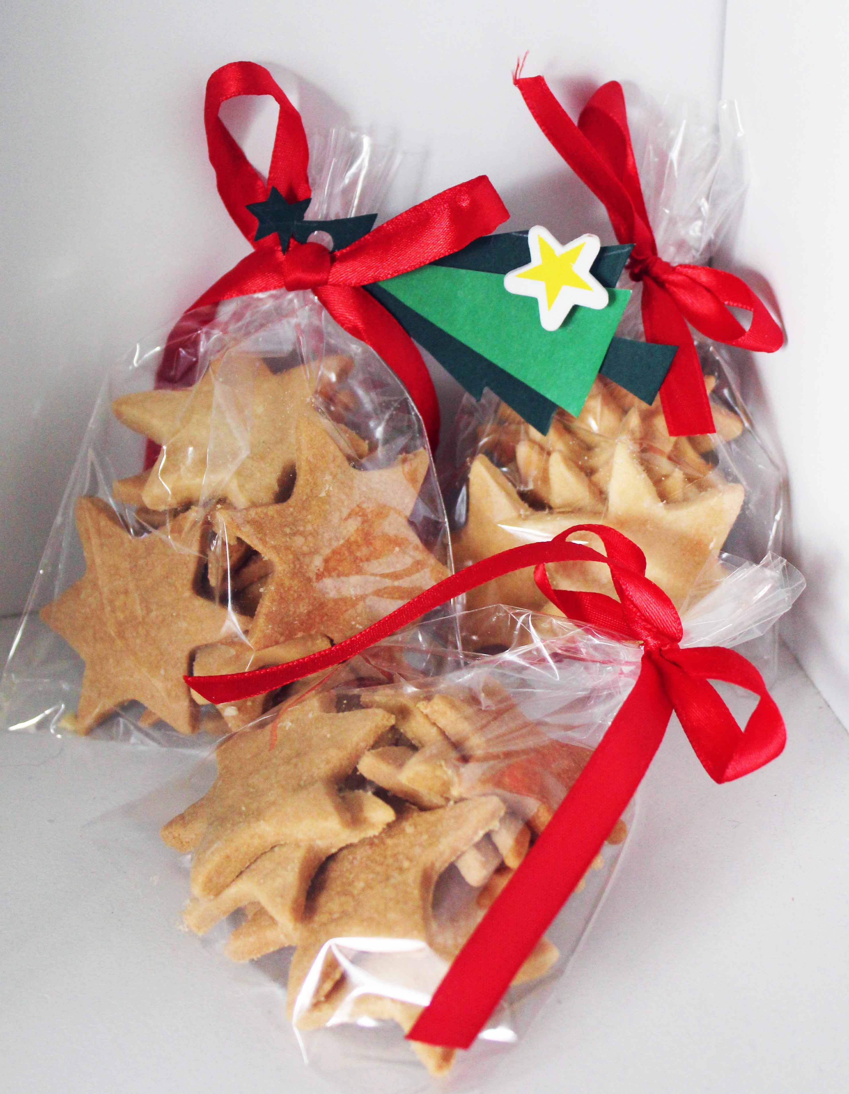 Star biscuits for Christmas gifts check it out at; http