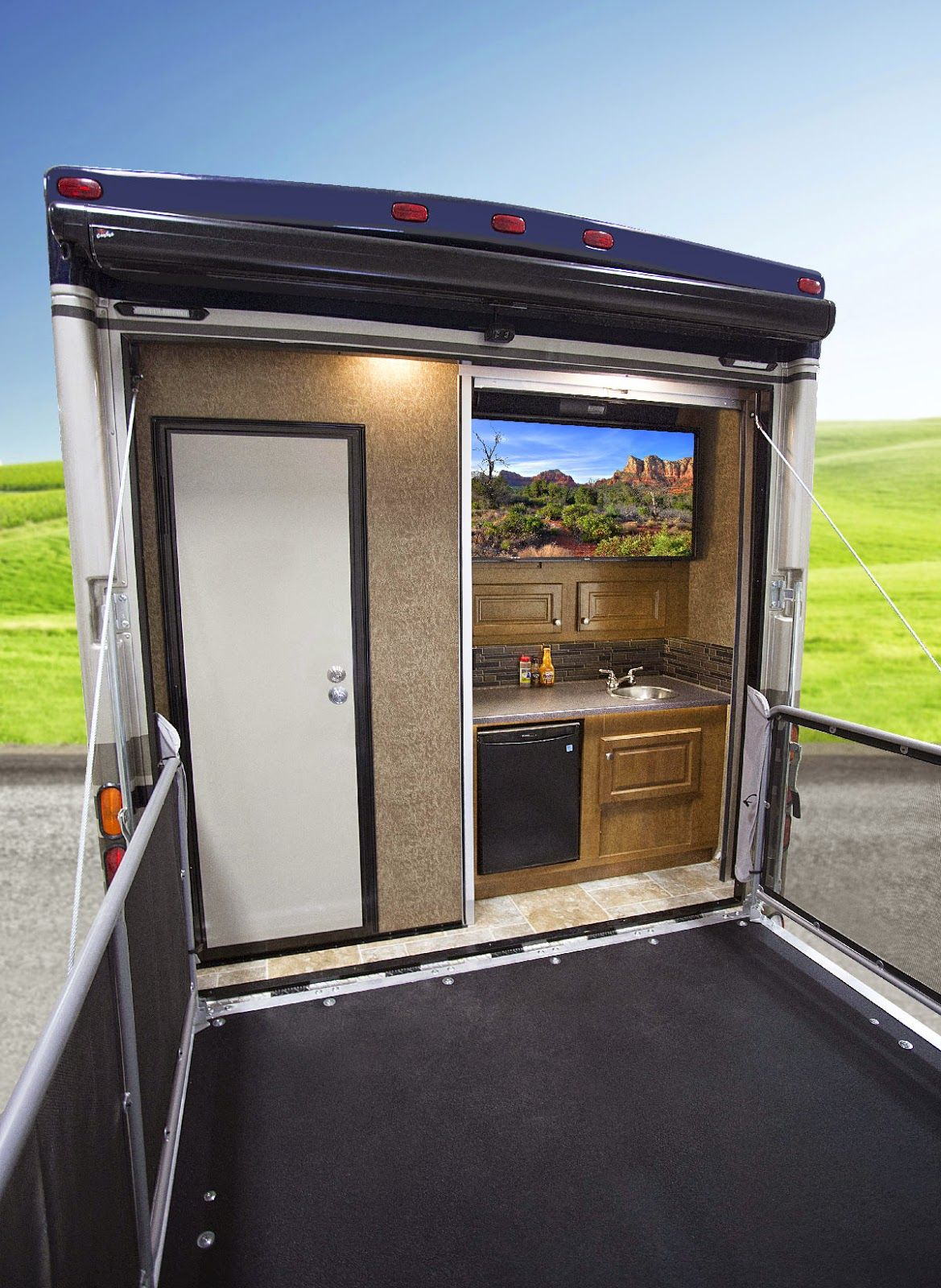 Rv Trader Bc >> Outlaw Toy Haulers from Thor Motor Coach Continue to Impact RV Market - RV Trader Insider- The ...