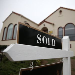30-year mortgage rates approach all-time lows