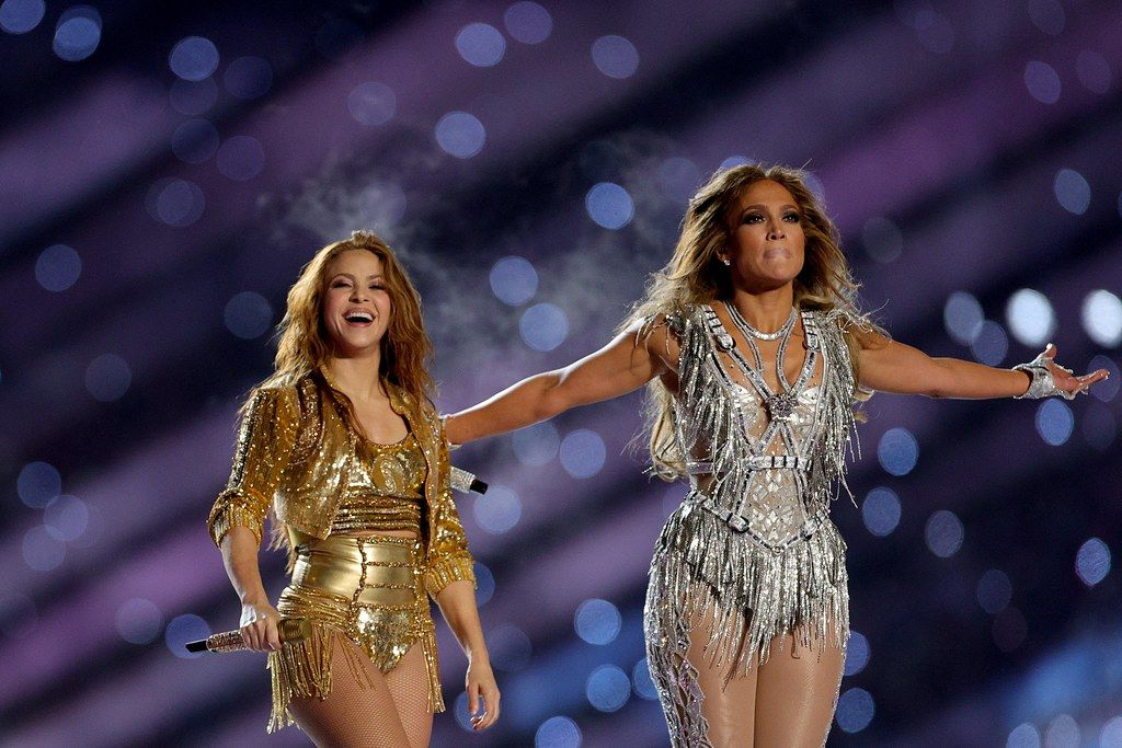 Jlo And Shakira S Super Bowl Halftime Performance Was Empowering Not Objectifying Here S Why In 2020 Shakira Shakira Photos Jennifer Lopez